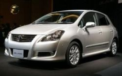 Toyota Blade, Тойота Блейд